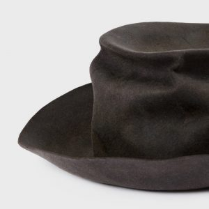 Distressed top hat