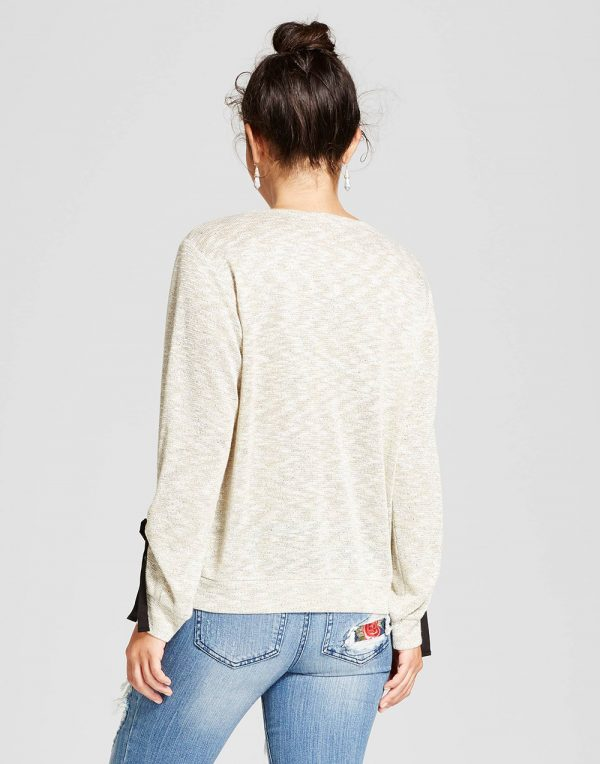 Women's Long Sleeve Sweatshirt With Bow
